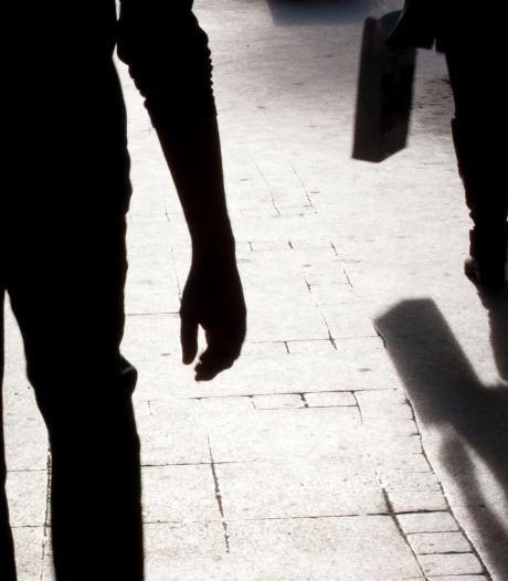 Verdachte Osse straatroven (22) mogelijk berecht als minderjarige