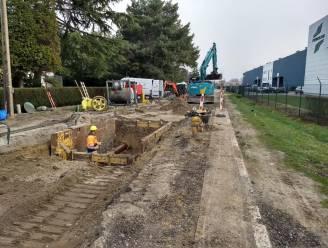 Kruispunt Houten Schoen gaat dicht op 1 maart, geen doorgaand verkeer meer in Hoogkamerstraat
