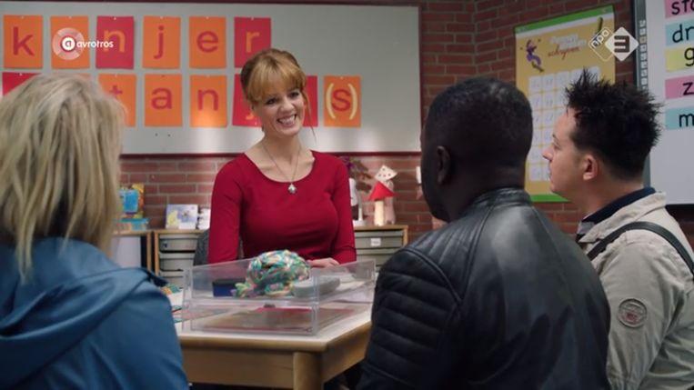 Een scène uit het tweede seizoen van De luizenmoeder. Beeld null