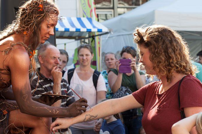 Smaakvol beeld van de vorige editie van het Chocoladefestival in Zutphen.