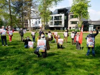 """PVDA voert actie in Halle: """"Parkeerbeleid raakt heel wat werknemers"""""""