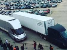 Tesla's elektrische vrachtwagen maakt eerste commerciële rit