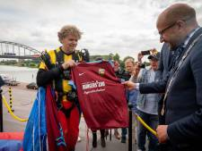 Burgers' Zoo en Openluchtmuseum op shirt Vitesse