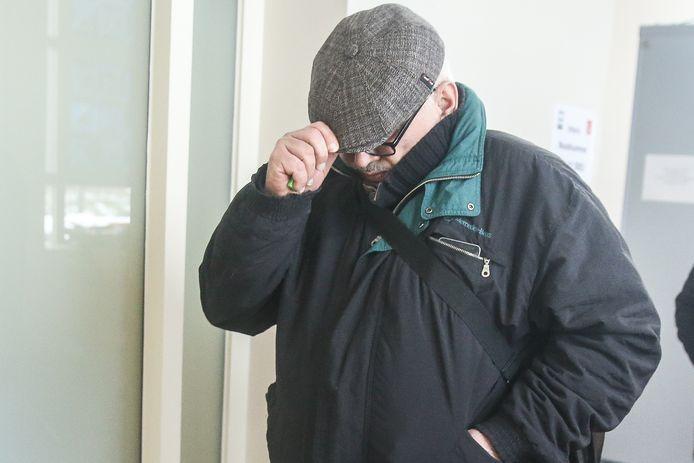 Zelimkhan Betelguiriev kwam woensdagmorgen in het Brugse assisenhof getuigen.