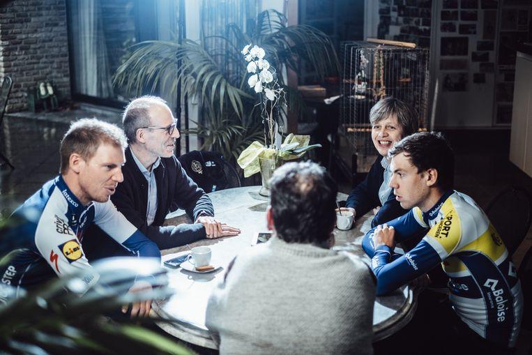Aan tafel met de familie Declercq. Beeld Thomas Sweertvaegher