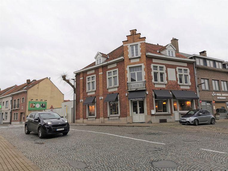Bistro Teirlinck opent de deuren op het Herman Teirlinckplein in Beersel.