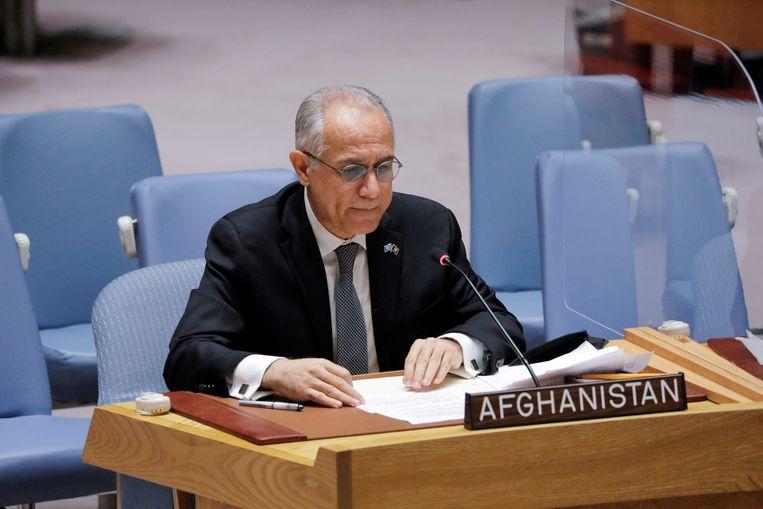 Ghulam Isaczai, de vertegenwoordiger van de verdreven Afghaanse regering, in augustus bij de Verenigde Naties. De Taliban stuurden maandag een brief naar de Secretaris-Generaal van de VN waarin ze vragen een nieuwe gezant toe te laten. Beeld Reuters