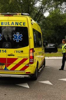 Fietsster geschept door auto in Oss