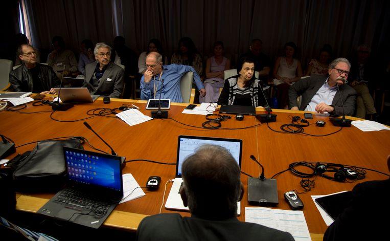 Internationale en Cubaanse wetenschappers kwamen in maart dit jaar bijeen om te overleggen over de radiogolven. Beeld AP