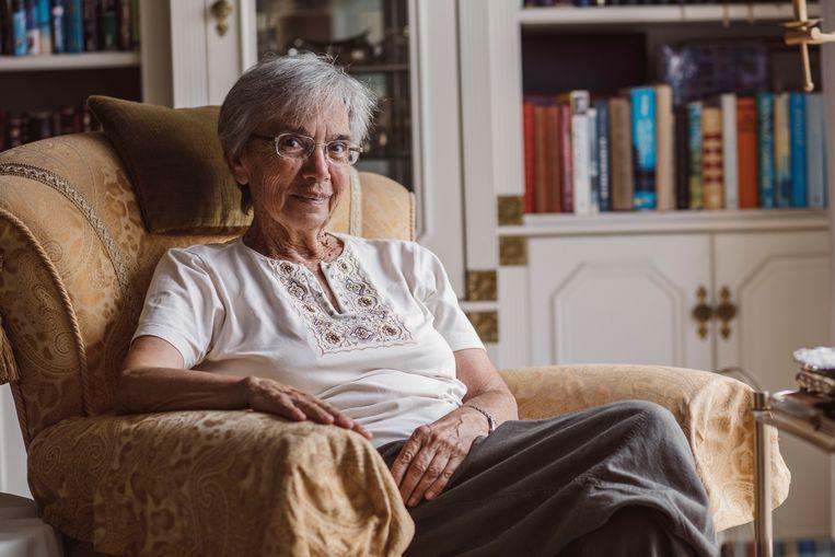 Paula Rubinek-Melamed rond 2019, gefotografeerd in het huis van Betty de Leon Klouska. Beeld Maxim Golovanov
