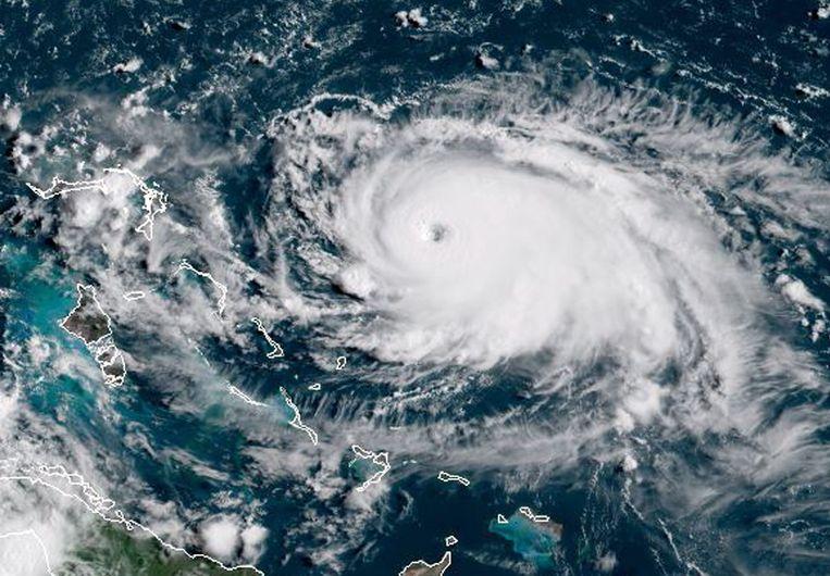 Dorian boven de Atlantische Oceaan gisteren. Beeld AFP