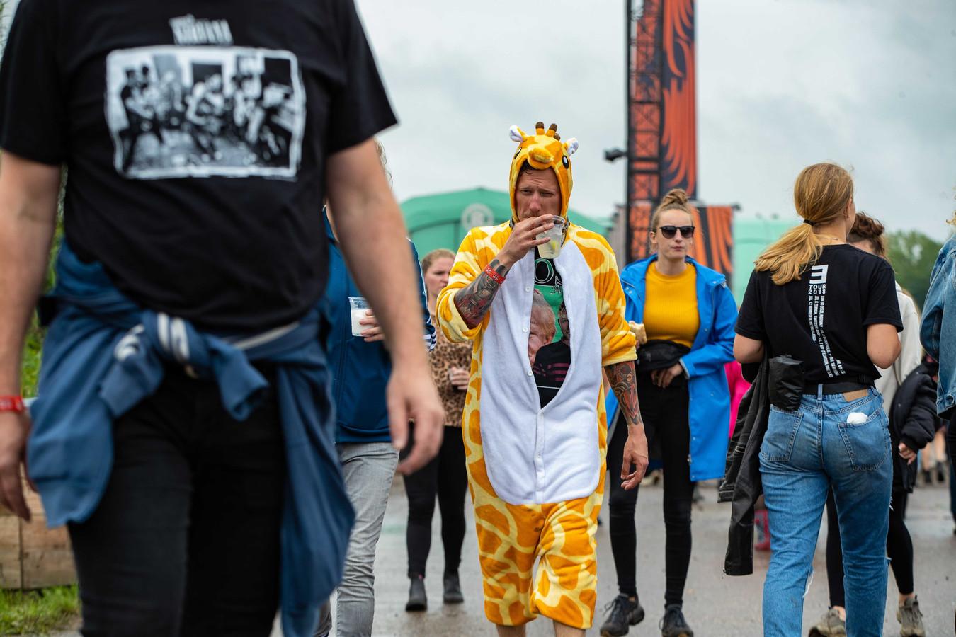 Giraffe-fashion.