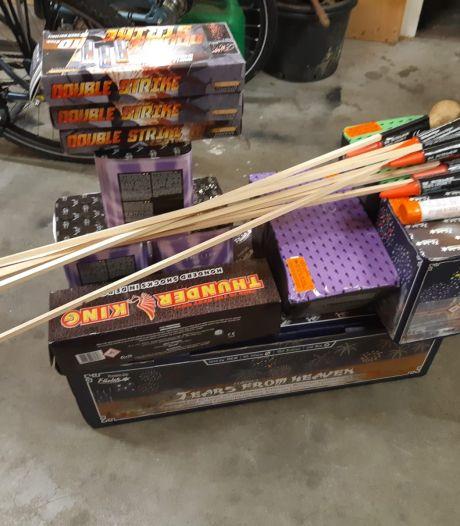 Partij vuurwerk in beslag genomen in Oud-Vossemeer