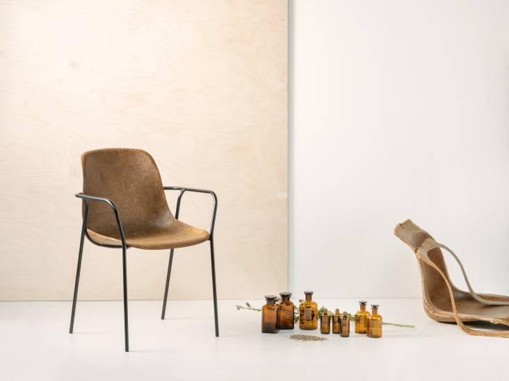 Doorbraak voor meubelmakers: deze stoel is gemaakt van per toeval ontdekt biologisch materiaal