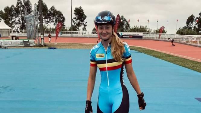 """Skater Fran Vanhoutte (18) komt zwaar ten val op EK skeeleren: """"Haar toestand is stabiel"""""""