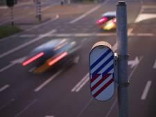 Nieuwe aanpak werkt: helft minder verkeersovertredingen door diplomaten