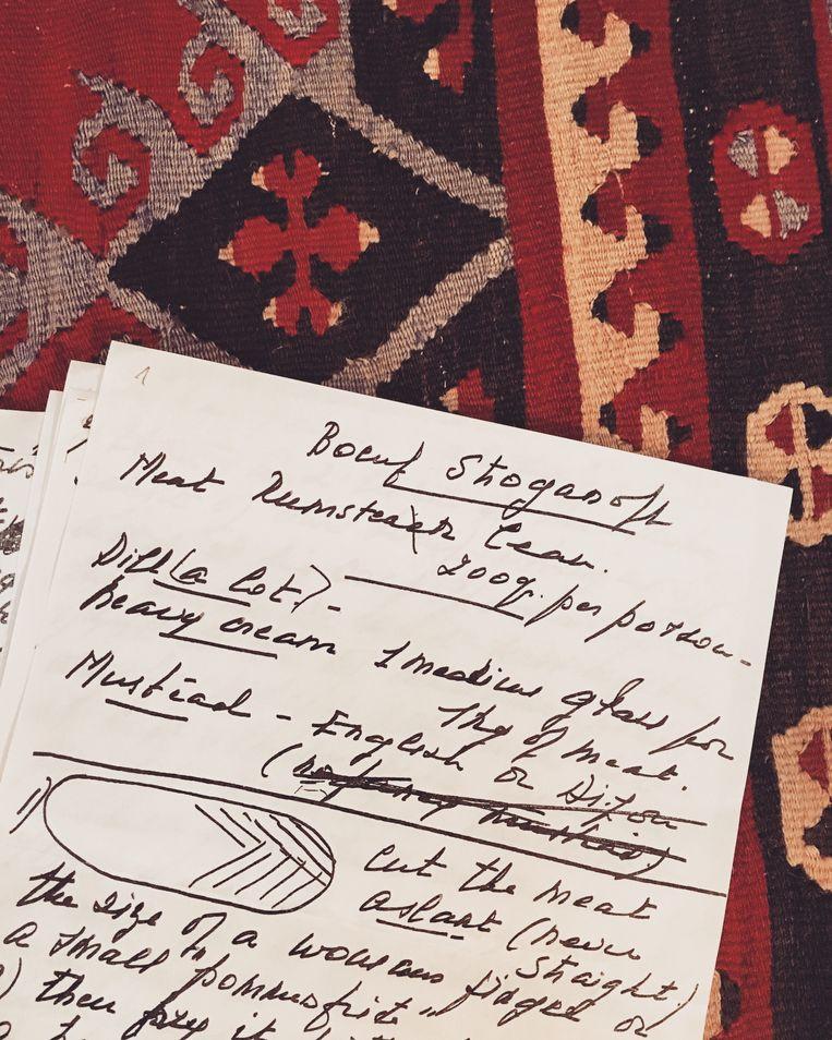 Het handgeschreven recept van de familie Stroganoff. Beeld Bas Zwartepoorte