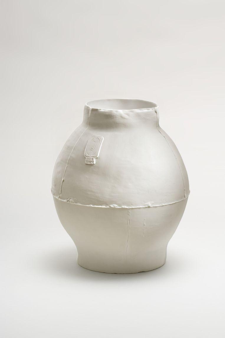 Pot ontworpen door Jongerius. Beeld Gerrit Scheurs