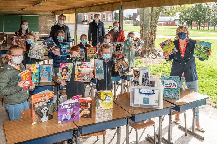 Scholen kunnen vanaf nu online bestellen voor boekenpaketten van Bibliotheek Toni Coppers.