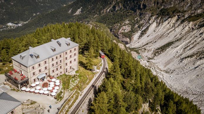 Refuge du Montenvers, waar het treintje stopt en de bergwereld begint.