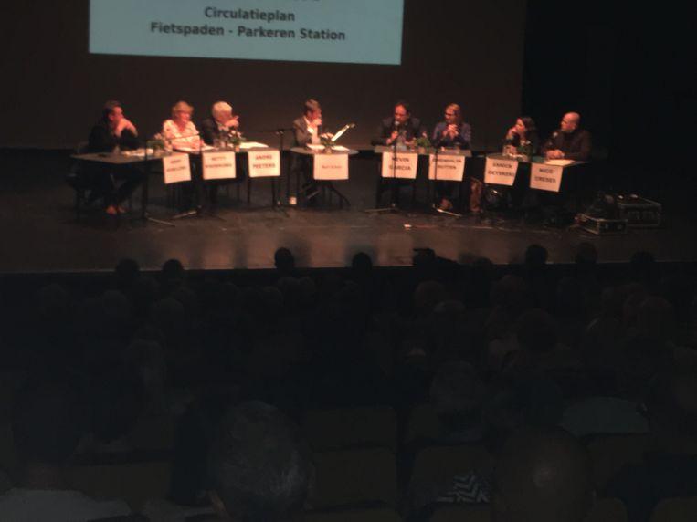 Een beeld van het debat.