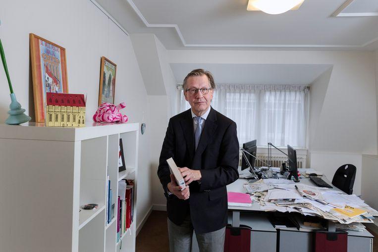 Pieter Gerrit - PG - Kroeger in zijn werkkamer. Beeld Inge van Mill