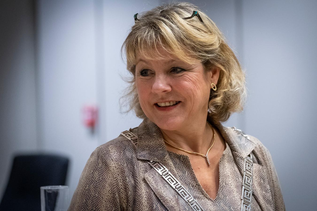 Burgemeester Tanja Haseloop van Oldebroek was verkouden en liet zich testen op corona.
