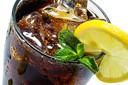Frisdranken zonder suiker: met zoetstof blijf je gewend aan de zoete smaak.