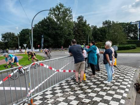 Geen dorpsfeest, toch koers: Geert Zaal wint 'sobere' editie Hart van Gilze