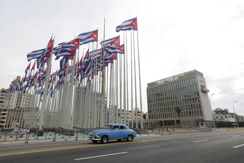 De Amerikaanse ambassade in Havana. Beeld REUTERS