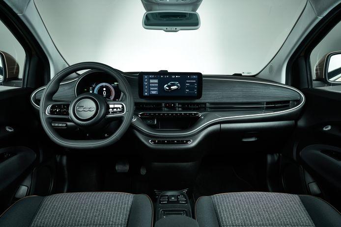 Het interieur van de nieuwe, elektrische Fiat 500e