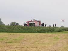 Twee doden door treinongeval op overweg in het Friese Boazum