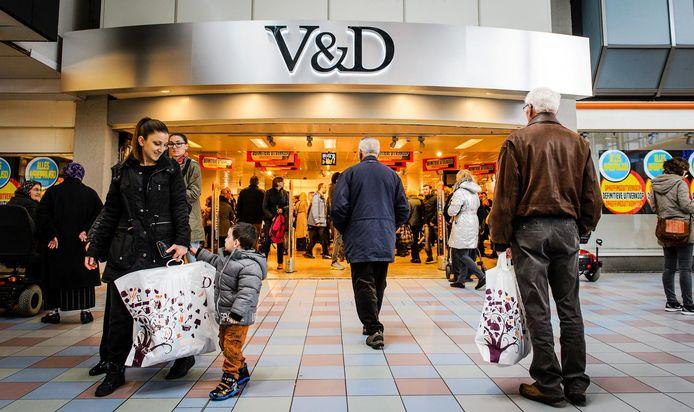 De V&D was ooit niet weg te denken uit het straatbeeld. Nu komt de keten online terug.