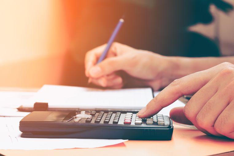 Het totale kostenplaatje verschilt weinig van vorig jaar: toen kostte een kotstudent zonder recht op een beurs 12.425 euro, tegenover 8.076 euro voor een pendelstudent. Volgens CEBUD wordt de kleine stijging verklaard door de levensduurte. Beeld Thinkstock