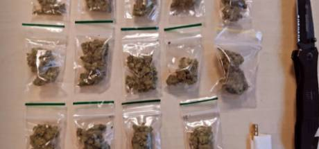 Aanhouding in Geldrop: drugsdealer (21) met mes op zak moet nacht brommen