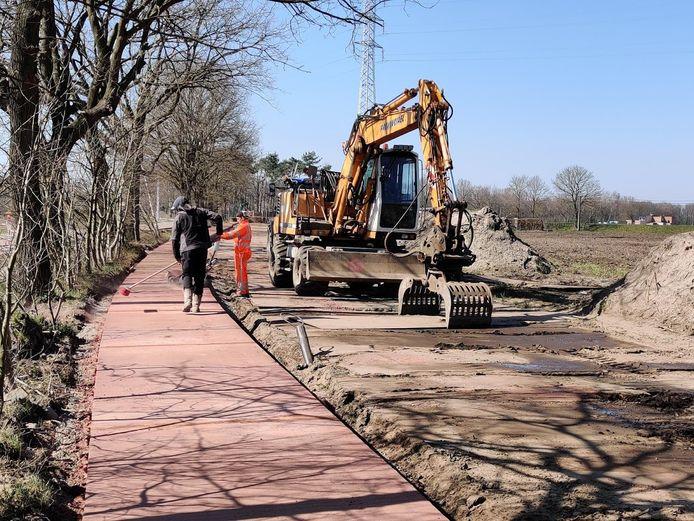 Vorig jaar werden er fietspaden aangelegd aan de Herenthoutsesteenweg in Nijlen.