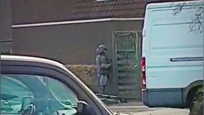 Politie greep terreurverdachten 'na slijpen van mes en laden van pistool'
