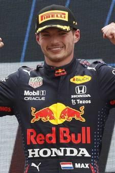 Verstappen voert tactisch plan Red Bull perfect uit: 'Dit is een van mijn mooiste overwinningen ooit'