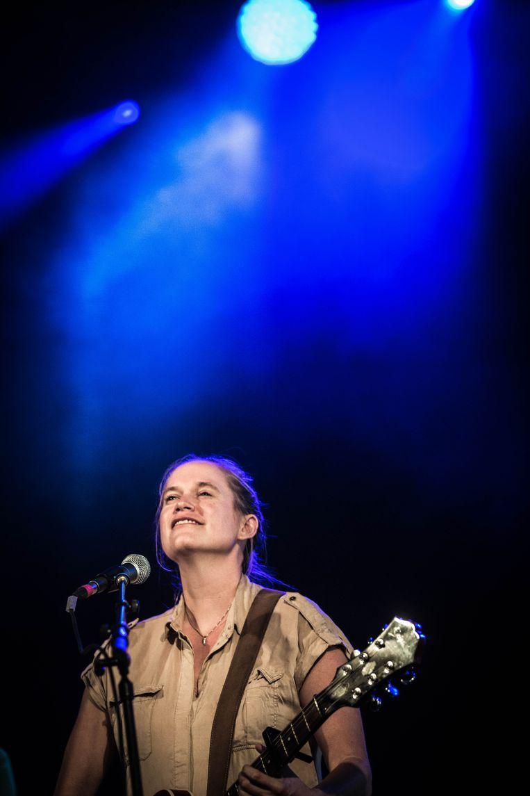 Chantal Acda op Dranouter Beeld Bas Bogaerts