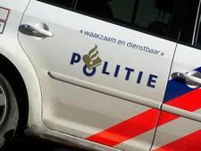 Anti-Islam spandoeken bij moskee Weesp