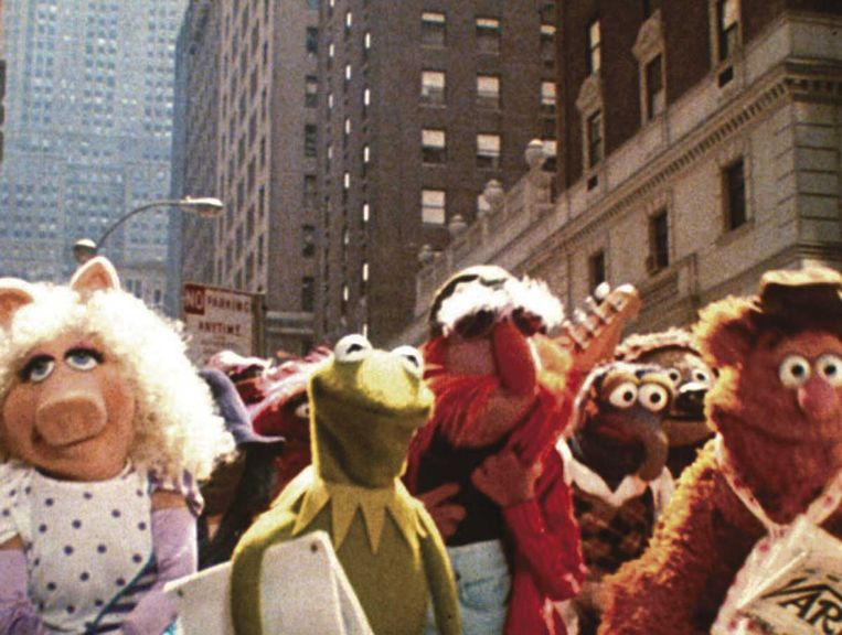 Beeld uit The Muppets Take Manhattan van Frank Oz. Beeld