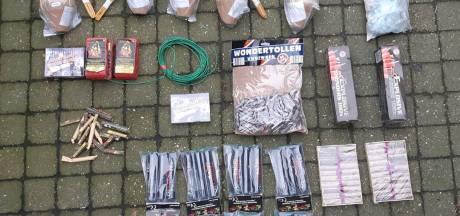 Politie neemt op meerdere plekken op de Veluwe illegaal vuurwerk in beslag
