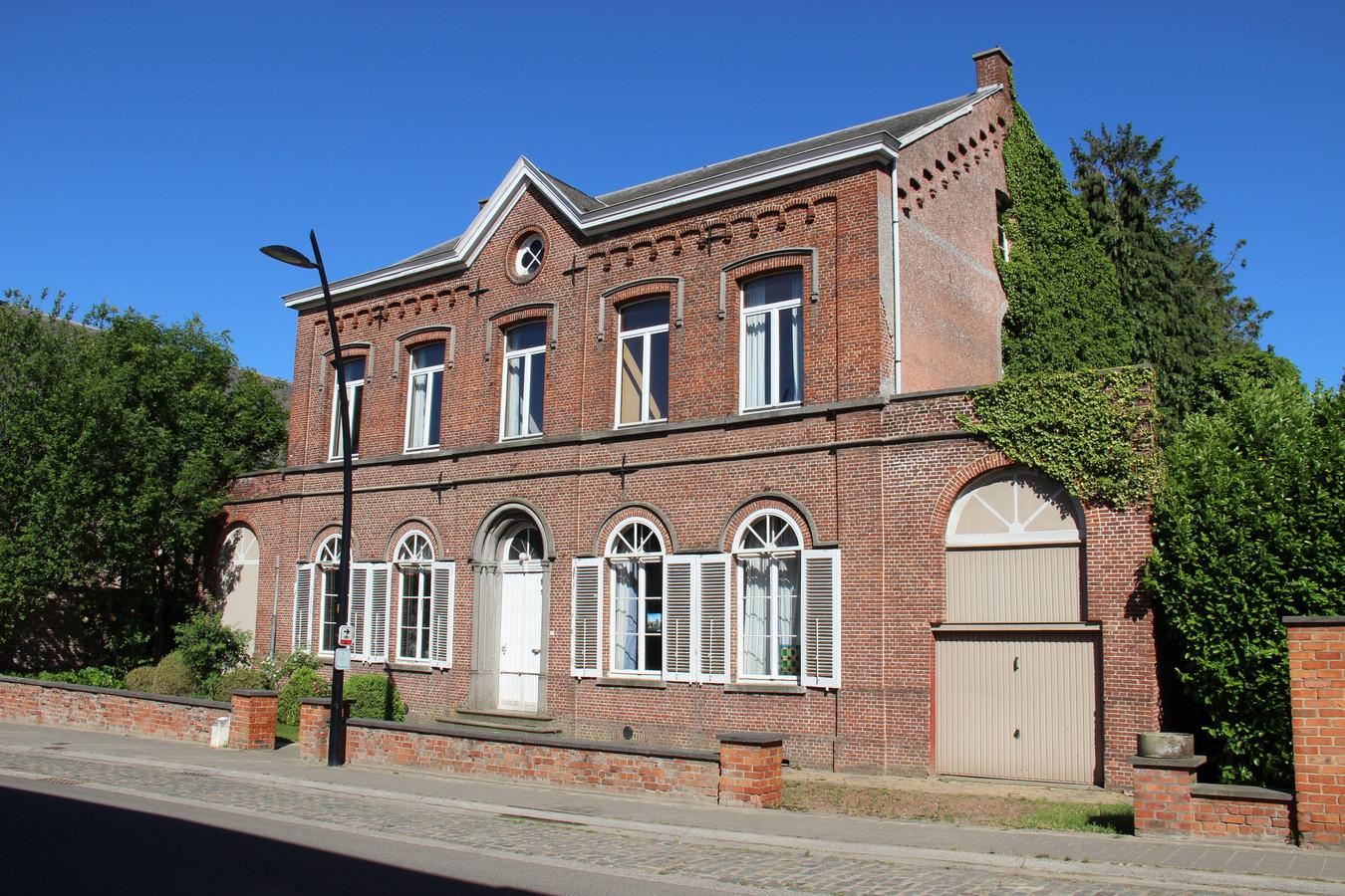 De pastorie in Schorisse komt in handen van een architecte.