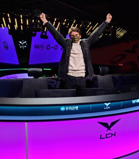 De Nederlandse Maurits (27) verhuisde naar Seoul om grote gametoernooien te presenteren