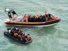 Zeventien migranten onderschept op Kanaal, onder wie vijf kinderen en een baby