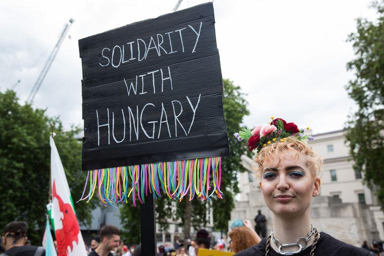 De nieuwe Hongaarse antihomowet leidde ook buiten Hongarije tot veel protest. Beeld In Pictures via Getty Images
