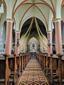 Het huidige interieur van de neogotische rk Vituskerk in Dedemsvaart.