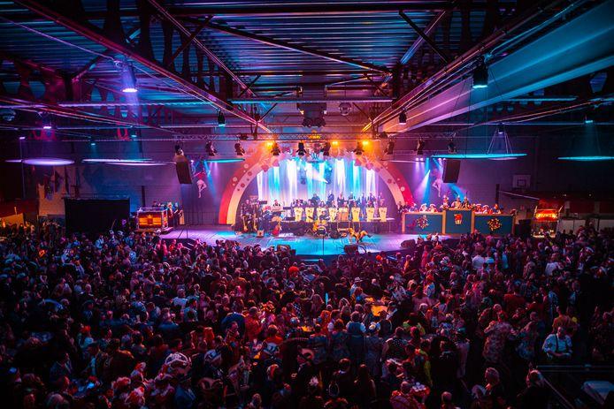 De carnavalsavond op 8 februari 2020 van d'Olde Waskupen in de sporthal in 's-Heerenberg.
