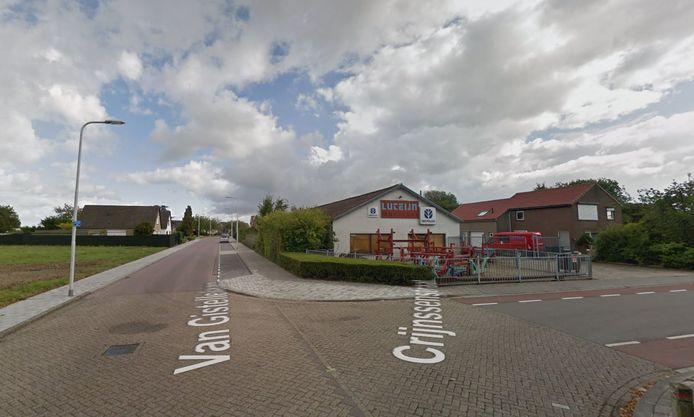 Scheepsreparatiebedrijf Luteijn vlakbij plan Buitenweg in Axel.