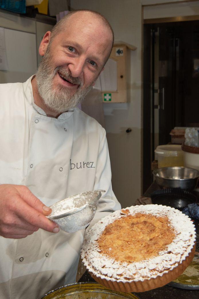 Kristoffel Burez is trots op zijn Adriaen Brouwertaart.